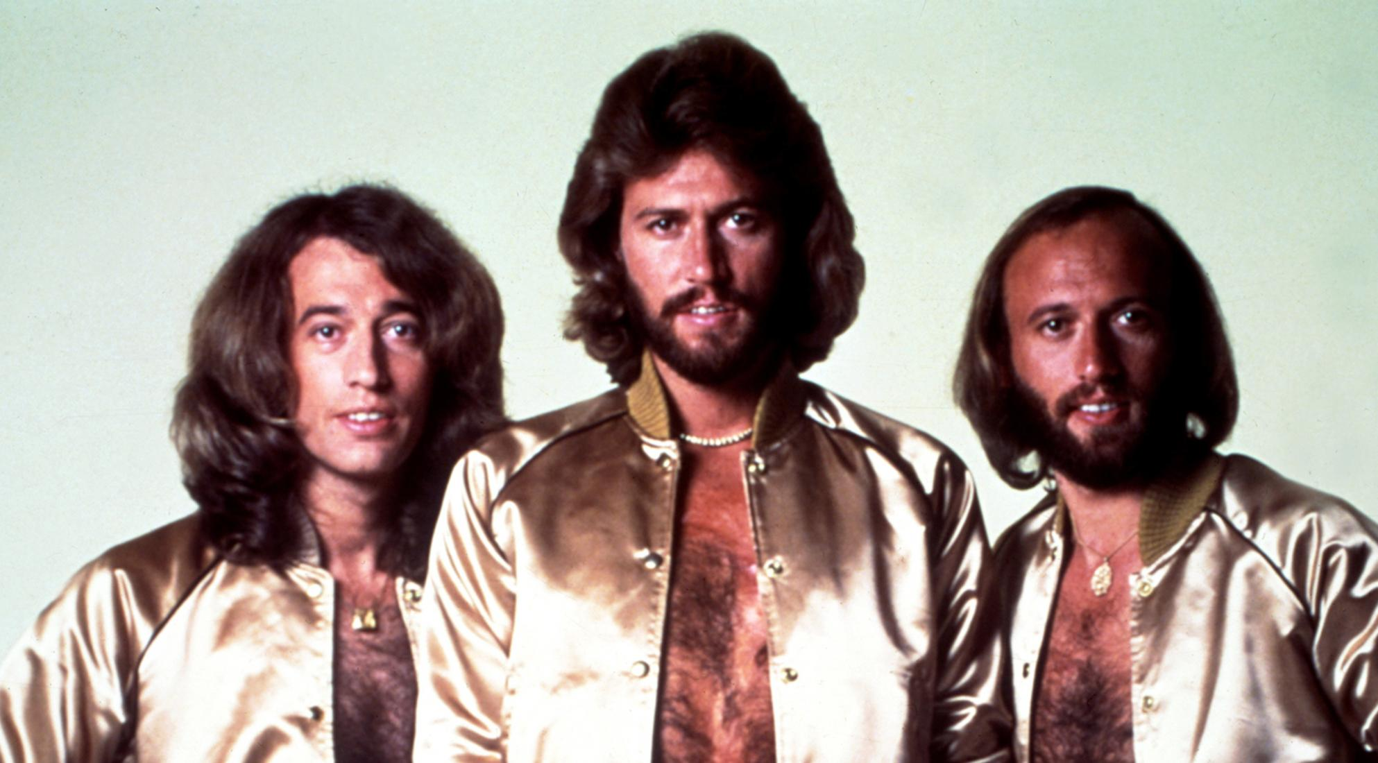 Lagu Bee Gees - How Deep Is Your Love