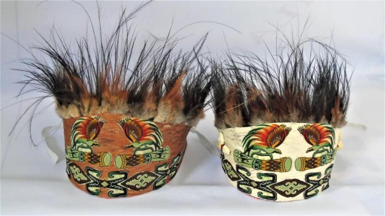 Oleh-oleh Khas Papua Mahkota Bulu Burung
