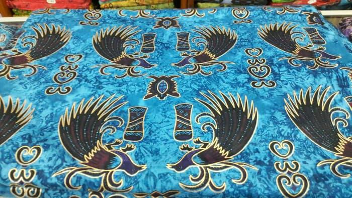 Oleh-oleh Khas Papua batik papua