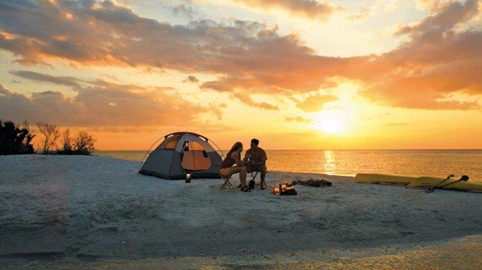 Beach camp di Pantai Gunung Kidul