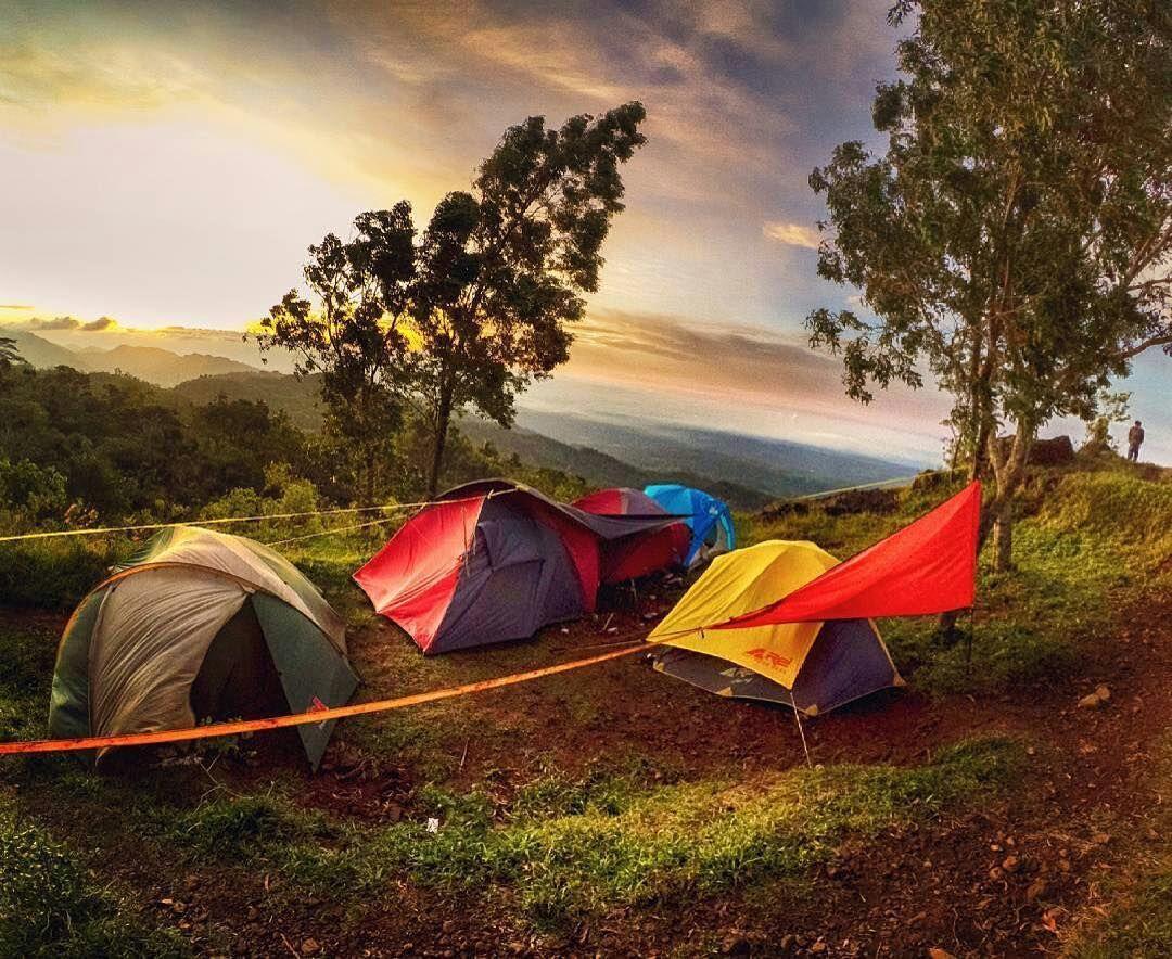 Camping ceria di Gunung Api Purba Nglanggeran