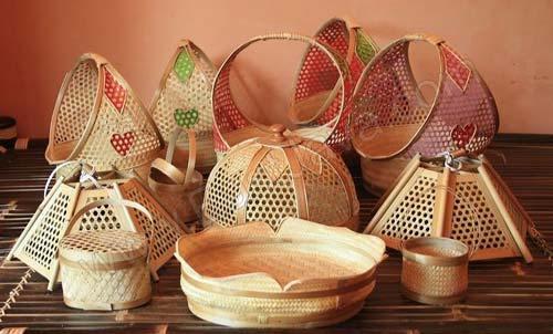 Oleh-Oleh Khas Gresik Kerajinan Bambu