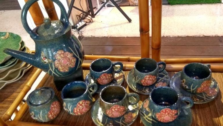 Oleh-oleh Khas Bogor Lesung Keramik