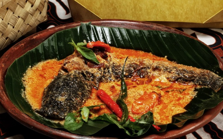 Wisata Kuliner Jogja Mangut Lele Mbah Marto
