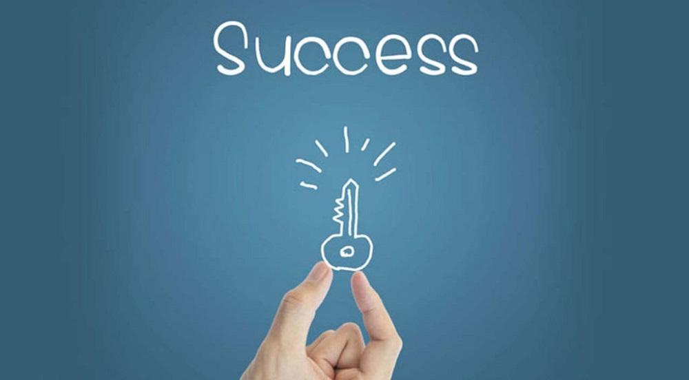 definisi sukses menurut para ahli
