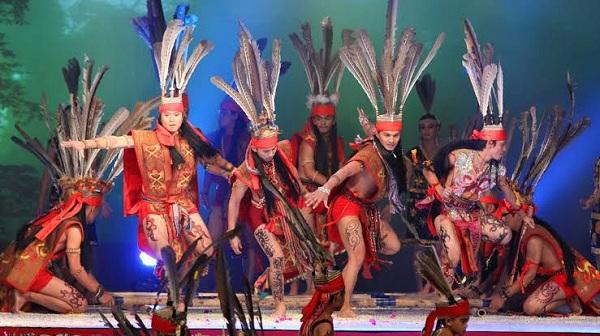 Tari Magunatip Kalimantan Utara