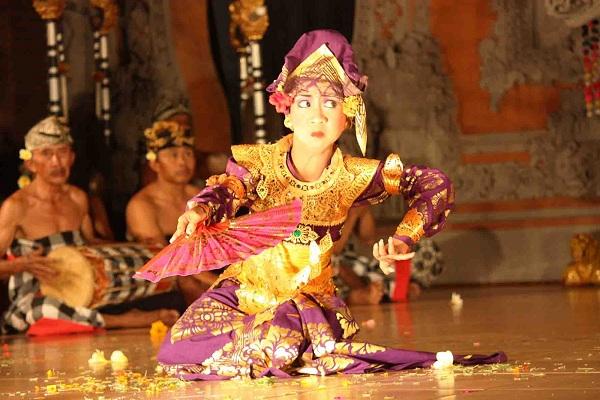 Tari Trunajaya Bali