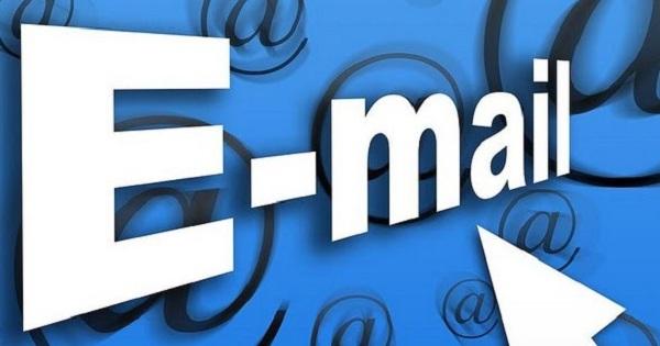 Manfaat dari Email