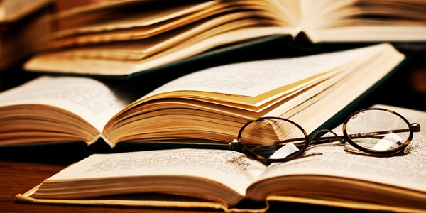 Berbagai Manfaat Resensi Buku