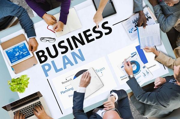 Pembagian Bisnis Plan Menurut Isinya